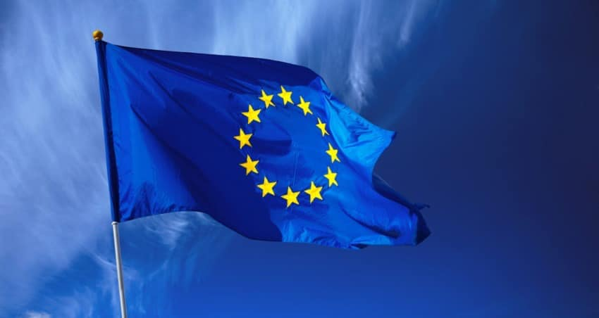 Declarație politică cu privire la promovarea valorilor fundamentale europene