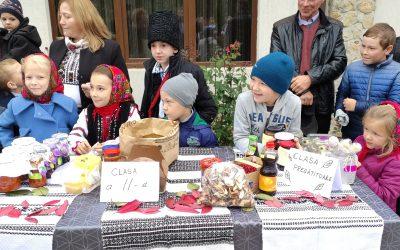 Târgul fructelor de toamnă la ucraineni, ediția a XI-a, la Izvoarele Sucevei